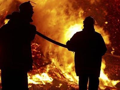 姐姐讲述拉姆遭前夫纵火烧伤过程 纵火杀人怎么处罚?