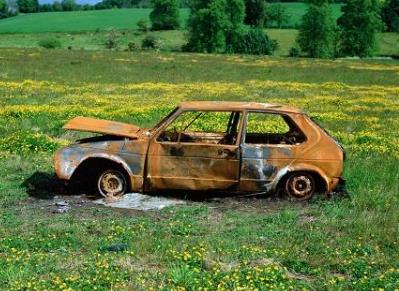 报废车停路边被催缴5.5万停车费 报废车辆如何办理流程