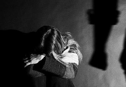 女子遭家暴起诉离婚被丈夫砍杀 遭受丈夫家庭暴力怎么办?