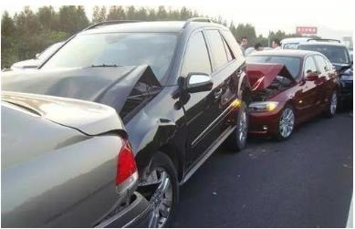 遇到汽车追尾如何处理?车辆追尾责任怎么认定?